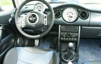 auto reise creative nr 6 2003 langzeittest mini cooper cabrio chili 1 6. Black Bedroom Furniture Sets. Home Design Ideas