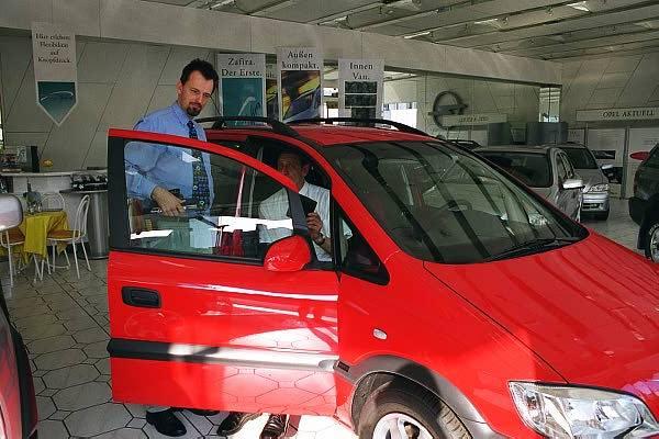 Opel Zafira Elegance 2.0 DI 16V.